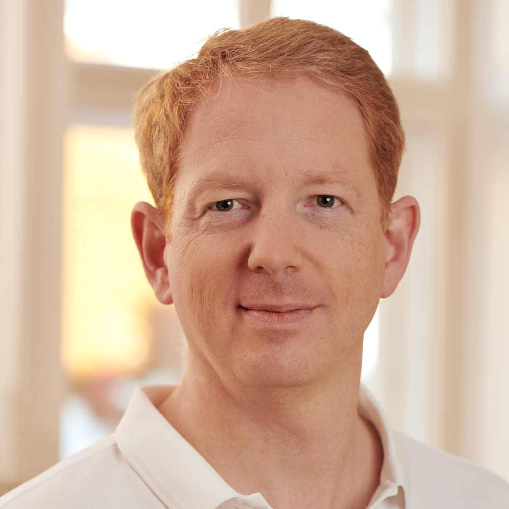 Dr. Dominik Pernkopf